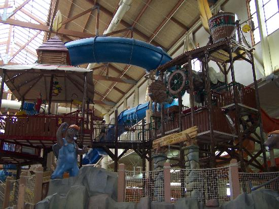 Great Wolf Lodge: As you go in the Water park