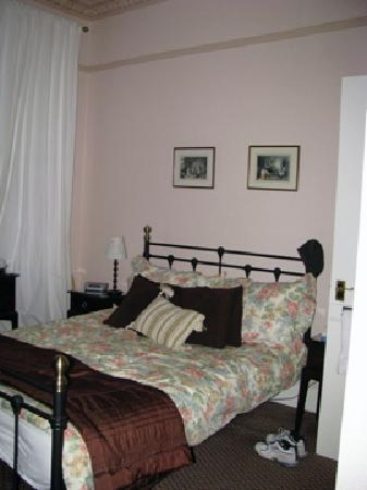 Aynetree Guest House: room