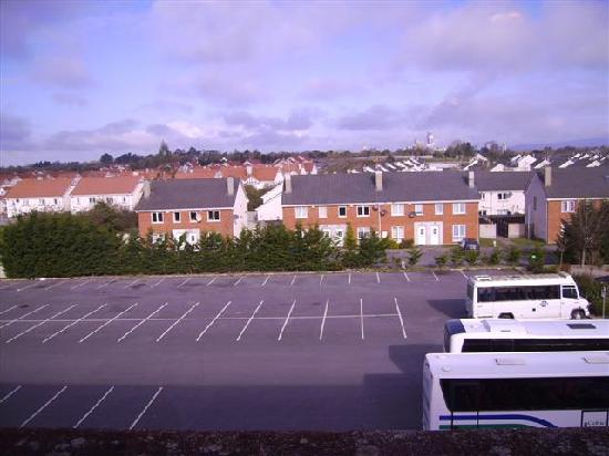 Great National South Court Hotel: View of Raheen Houses from