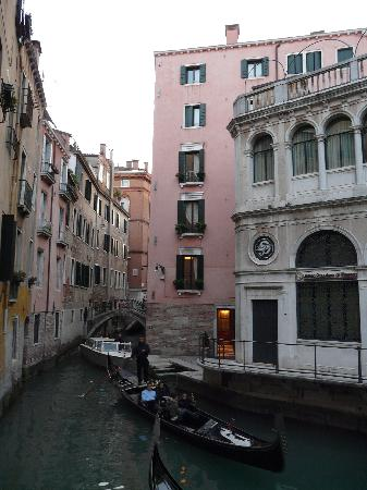 Residence Corte Grimani: Front entrance