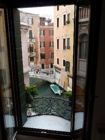 Residence Corte Grimani: The view from the living room