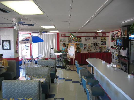 Copper Cart Restaurant: Wonderful Route 66 atmosphere
