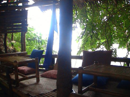 Alyssa Resort: little tree hut for breakfasts