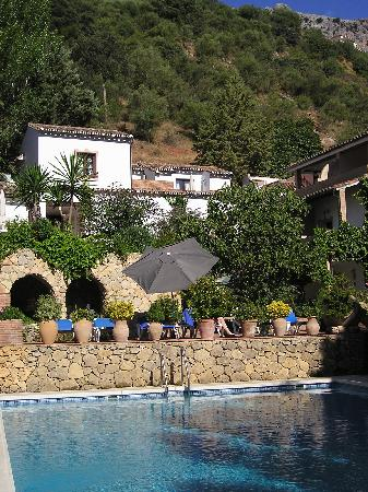 Molino del Santo: View from the pool