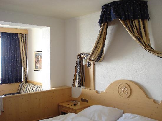 Hotel Riml: View of bedroom