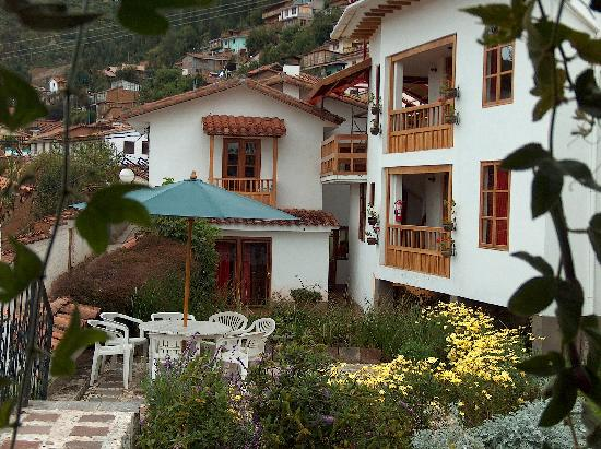 B&B-Hotel Pension Alemana: B&B from the Garden