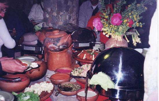 Isla Suasi Hotel: Abendbuffet