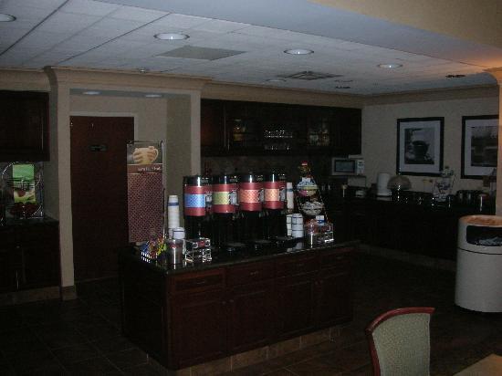 Hampton Inn & Suites San Marcos : Breakfast Area