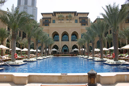Garden picture of palace downtown dubai tripadvisor for Garden pool dubai