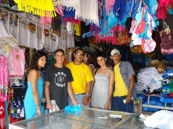 Tropical Princess Beach Resort & Spa: Market on the beach to get good deals