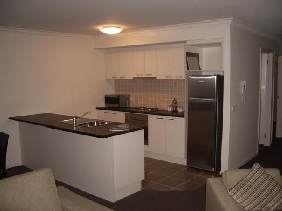 Quest Sale Serviced Apartments: Kitchen