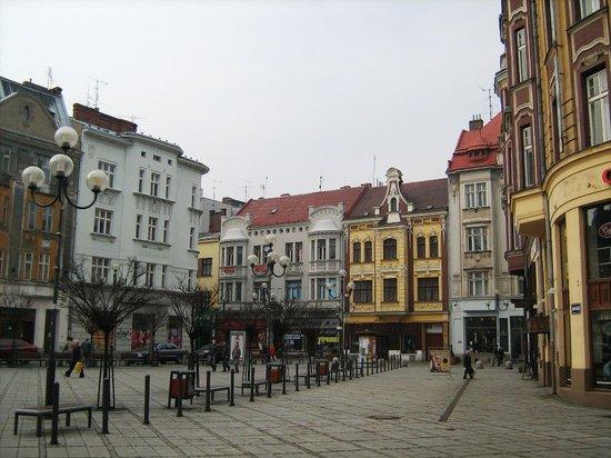 Ostrava, République tchèque : Jirásek square - kuri rynek
