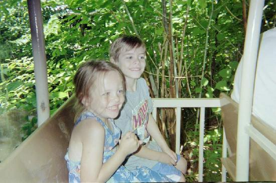 Glen, NH: kids on the jungle train ride