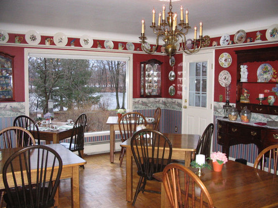 Chesterton, IN: Dining Room