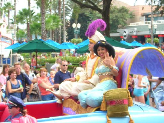 Desfile Personajes Fotograf 237 A De Walt Disney World