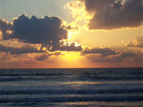 Resort on Cocoa Beach: Sunrise on Cocoa Beach