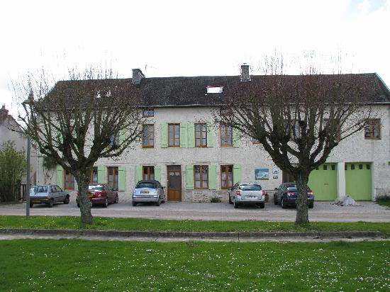 Epernay-sous-Gevrey, France: Les Tilleuls (The Lime Trees)