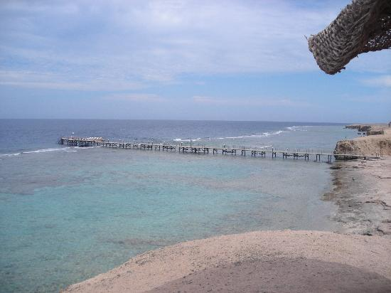 Resta Reef Resort: mare