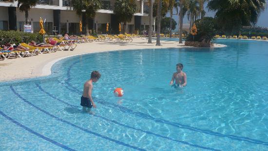 Alfagar Alto da Colina: pool