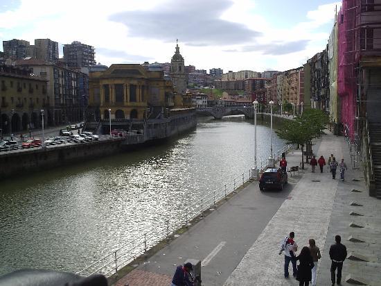 Bilbao River Scene near hotel - Picture of Hotel Abando, Bilbao ...