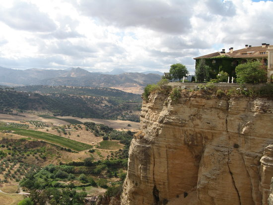 Parador de Ronda: The Parador on the gorge