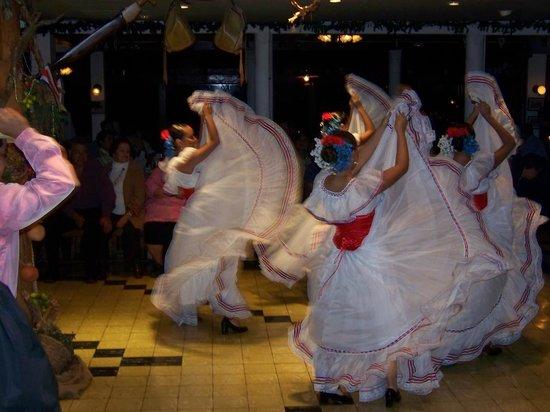 Restaurante Ram Luna: Ram Luna Dancers