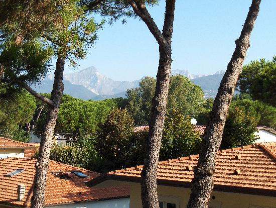 Logos Hotel: View of the Carrara Marble Mtns from the Terrace of our room