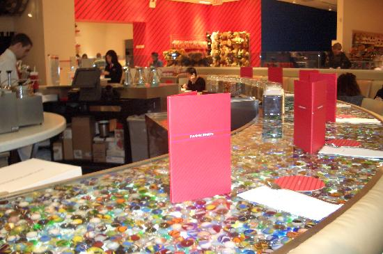 FAO Schwarz: Plenty Of Refreshments Here