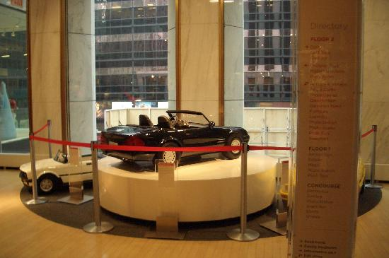 FAO Schwarz: The Giant Toy Cars