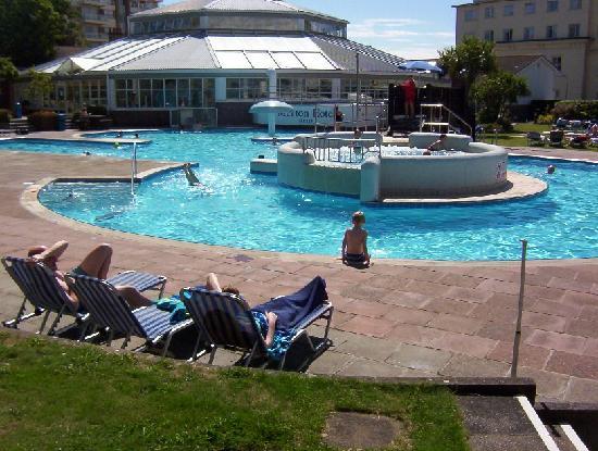 Merton Hotel: The Merton outdoor pool