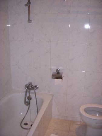 H10 Las Palmeras: Bathroom again