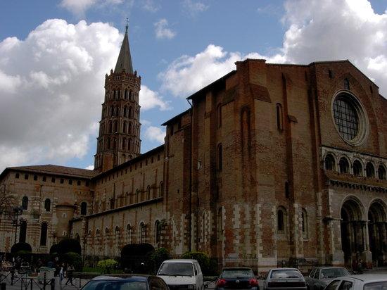 Crowne Plaza Toulouse: Saint-Sernin Basilica