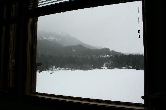 Nita Lake Lodge: Nita Lake from lounge window
