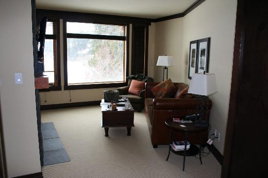 Nita Lake Lodge: Lounge