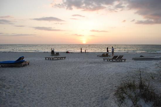 Gulfside Resorts: evening gathering