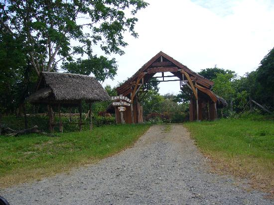 Galera, Ecuador: Playa Escondida Entrance