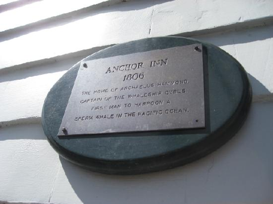 Anchor Inn: plaque on front of house