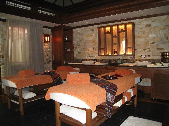 Shangri-La's Rasa Sayang Resort & Spa: Chi Spa Couple Villa