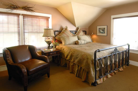 Lara House Bed and Breakfast: The Deschutes Room