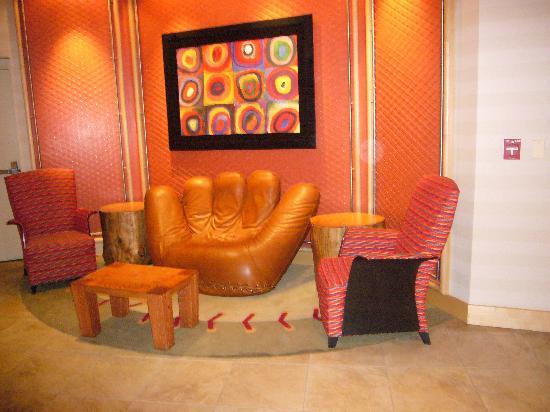 Hampton Inn Baltimore-Downtown-Convention Center: the lobby is basball themed!