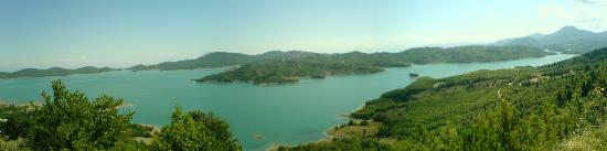 Krioneri, Yunanistan: Lake Plastira, Thessaly, Greece
