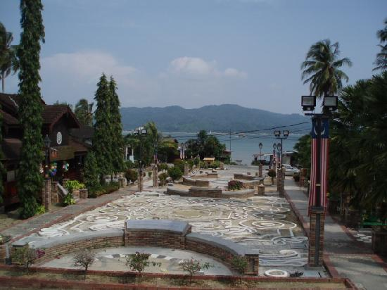 Губернаторство Малакка, Малайзия: War Memorial,Pangkor Island ,M'sia