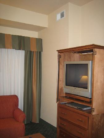 Staybridge Suites Las Cruces: 2nd Tv in the living room