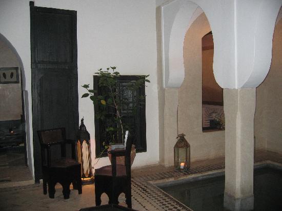 Riad Asma: Cour intérieure du riad