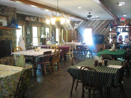 Forest Hill, Luizjana: Beautiful, quaint, Blue Glass Restaurant
