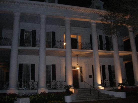 Dunleith: Taking a walk at night