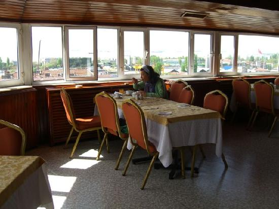 Aksaray, Turquía: frühstücksraum mit ausblick