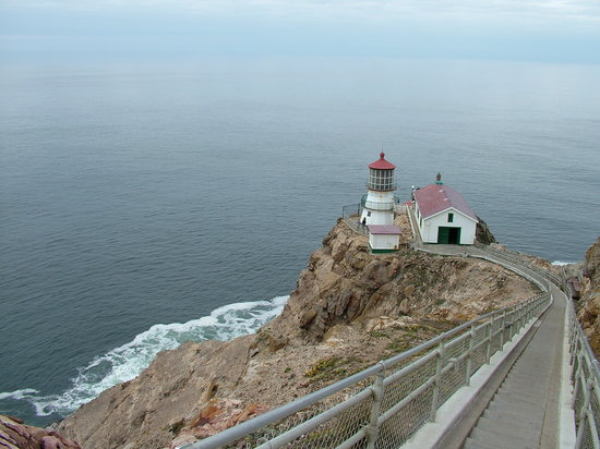 California: light house pont reyes
