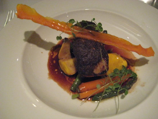 Europea: Mushroom crusted sea bass