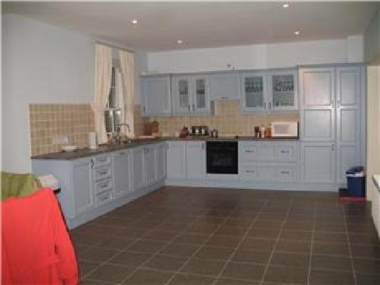 Castle Leslie Estate: the huge kitchen